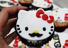 Beautiful Cake Pictures: Hello Kitty Cupcake With a Mustache - Themed Cupcakes - Torta Hello Kitty, Hello Kitty Cupcakes, Cat Cupcakes, Hello Kitty Birthday, Cupcake Cookies, Ladybug Cupcakes, Snowman Cupcakes, Hello Kitty Tumblr, Moustache Cupcakes