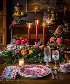 Christmas is the one time of the year when the whole family gets together and sits around the dining table to enjoy a festive meal. The festive spirit is everywhere, and choosing eye-catching Christmas table decorations is a great way… Continue Reading → Christmas Table Settings, Christmas Tablescapes, Christmas Mantels, Christmas Table Decorations, Holiday Tables, Victorian Christmas Decorations, Thanksgiving Centerpieces, Thanksgiving Table, Country Christmas