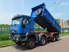 Tipper IVECO 410E44 8X8 MANUAL