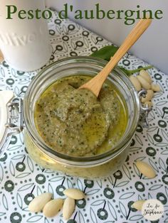 Eggplant pesto, a quick and simple vegan recipe - SALSAS - Vegetarian Recipes High Protein Vegetarian Recipes, Vegan Breakfast Recipes, Vegan Recipes Easy, Veggie Recipes, Vegan Vegetarian, Quick Recipes, Protein Dinner, Food Test, Vegetable Drinks