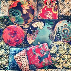 """@tracyporter_poeticwanderlust's photo: """"a few of our new dinnerware designs just arrived - this mix is from a few of our new collections that will be online and in stores nationwide this fall ! And yes - that quilt under them is going to be avail online soon too ! Happy bountiful day to you ! xx #tracyporter #poeticwanderlust #tracyporterdinnerware #poeticwanderlustdinnerware #tracyporterquilts #tracyporterbedding #inspired #designanddecoration #interiors #tabletop #plates #grateful"""""""