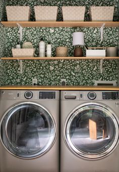 Laundry Closet Makeover, Essential Oils For Laundry, Folding Laundry, Home Economics, Fireplace Remodel, Kitchen Nook, Traditional House, Cheap Home Decor, Home Remodeling