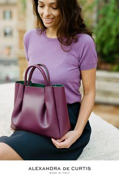 Are you looking for a designer leather handbag? Click through to check out the Amalfi Tote, handmade in Italy with smooth Italian Leather Handbags, Designer Leather Handbags, How To Make Handbags, Purses And Handbags, Tote Purse, Amalfi, Italy, Italia