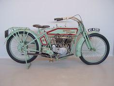 Harley Davidson vintage bike