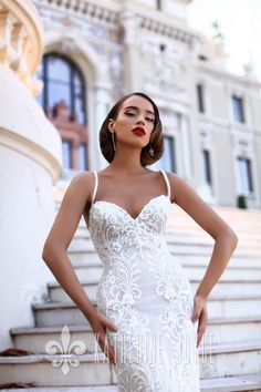 What a beauty!😍 . Awesome wedding dress for you and your big day. Be especial one in the world😘 #wedding #weddingdress #bride #weddingstyle #victoriasoprano #katherinejoyce