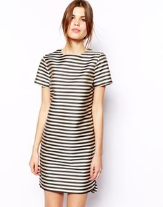 ASOS Structured Shift Dress In Stripe 77,25€