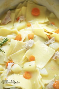This Pennsylvania Dutch Chicken Pot Pie is a classic PA Dutch recipe that combines square egg noodles, chicken, and more in a delicious broth! Homemade Chicken Pot Pie, Oven Chicken Recipes, Dutch Oven Recipes, Amish Recipes, Homemade Soup, Soup Recipes, Cooking Recipes, Cooking Stuff, French Recipes