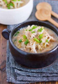 煮るだけ5分♪『豚バラもやしのとんこつ風♡ごま味噌スープ』 by Yuu | レシピサイト「Nadia | ナディア」プロの料理を無料で検索