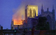 The great fire at York Minster 1984 York Minster, History Of England, The Great Fire, Yorkshire England, Back In Time, British Isles, Empire State Building, Old Photos, Tourism