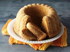 Piimä-porkkanakakku Sweet Recipes, Cake Recipes, Bread Recipes, Finnish Recipes, Love Eat, Cake Shop, Creative Food, No Bake Desserts, Coffee Cake
