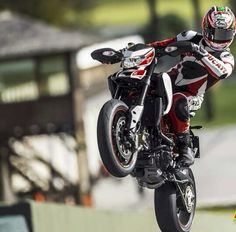 Hypermotard wheelie #Ducati Ducati Hypermotard, Ducati Multistrada 1200, Nicky Hayden, Tampa Bay Florida, Motorcycles For Sale, Motorbikes, Product Launch, Sporty, The Incredibles