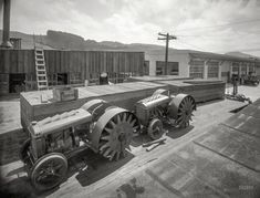 "Fageol ""walking tractors"" at factory. Oakland, 1918."