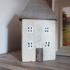 I just couldn't resist this lovely wooden house; it reminds me of our house so much 🏠 #homeaccessories #homedesign #rustic #charming #woodenhouse #interior4all #cottagestyle #cottagedecor #homeinspo #parlane #myhome #instadaily #myhousethismonth #myhouse #minihouse #shabbychic #littlehouse #beachdecor #cottage #homesweethome #cornerofmyhome