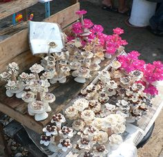 Shell Flowers | Flickr - Photo Sharing! Shell Flowers, Shell Ornaments, Seashell Crafts, Shell Art, Seashells, Floral Wreath, Wreaths, Decorations, Flowers