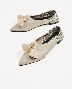 Image 4 of FLAT LEATHER SHOES WITH TASSELS from Zara