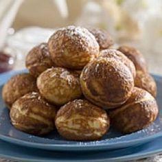 Mormors æbleskiver – måske verdens bedste hjemmelavede æbleskiver - opskriften på disse lækre æbleskiver kalder minder frem. Prøv dem, de er gode.