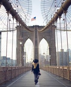 🌎 is Not Lost 🌎 in Brooklyn, New York Best Travel Hashtags, Places Around The World, Around The Worlds, Empire State Of Mind, Mykonos Greece, Travel Goals, Great View, Brooklyn Bridge, Travel Pictures