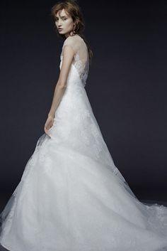 Vera Wang : Sa dernière collection de robes de mariée un peu grunge