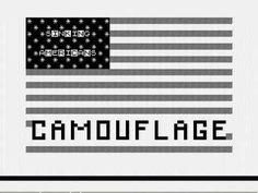"""O lado B do single """"Camouflage"""", do artista britânico Chris Sievey, lançado em 1983, parece um turbilhão inaudível de barulho. Não é nenhum tipo de canção de vanguarda; é um programa para o computador ZX-81, e se você conseguir carregá-lo corretamente, verá um clipe animado em computador (de maneira bem rudimentar), codificado nas ranhuras de um disco de vinil. Chris Sievey - Camouflage - Sinclair ZX81 pop video!"""