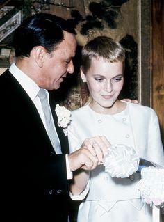 Newlyweds Frank Sinatra and Mia Farrow, 1966