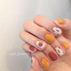 Nail art Christmas - the festive spirit on the nails. Over 70 creative ideas and tutorials - My Nails Cute Acrylic Nails, Cute Nails, Pretty Nails, Minimalist Nails, Nail Swag, Fox Nails, Fall Nail Trends, Korean Nail Art, Modern Nails