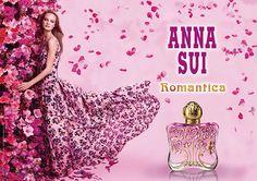 アナ スイの新香水「ロマンティカ オーデトワレ」陽気で軽やかなスパークリングフローラルの香りの写真1