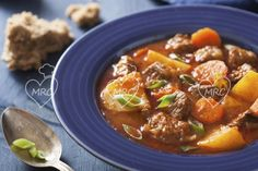 Slow-Cooker Beef Stew - Recipes for Healthy Living by the American Diabetes Association® Crock Pot Recipes, Slow Cooker Recipes, Soup Recipes, Cuban Recipes, Veal Stew, Plats Weight Watchers, Hearty Beef Stew, Beef Stews, Hardboiled