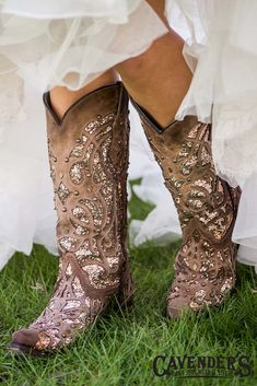 Wedding cowboy boots - Corral Women's Orix Brown with Glitter Inlay and Studs Western Snip Toe Boots – Wedding cowboy boots Bride Boots, Wedding Cowboy Boots, Pumps, High Heels Stilettos, Over Boots, Dress With Boots, Buy Shoes, Western Boots, Western Wear