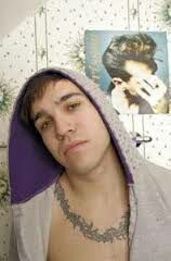 Read u cute from the story unholy pictures of pete wentz by notwentz (Pete x) with 387 reads. Band Pictures, Weird Pictures, We Dont Talk, Pete Wentz, Young Actors, Daniel Radcliffe, Emo Bands, Hottest Pic, Fall Out Boy