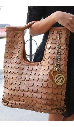 I want this bag for fall! La Posh by artasha