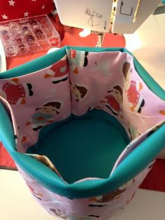 Panière ronde multi-poches Blog Couture, Baby Car Seats, Creations, Diy, Children, Fabric, Crochet, Canvas, Leather Totes