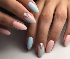 Semi-permanent varnish, false nails, patches: which manicure to choose? - My Nails Spring Nail Trends, Spring Nails, Summer Trends, Nagellack Trends, Nail Polish Trends, Polish Nails, Trim Nails, Super Nails, Simple Nail Designs