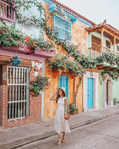 Venturing down to Cartagena, Colombia for a week to celebrate my birthday was the perfect introduction to South America! Here's where to eat, stay & play! Photography Poses, Travel Photography, Ocean Photography, Wedding Photography, Colombia Travel, Visit Colombia, Foto Pose, South America Travel, Travel Style