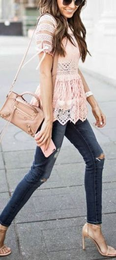 Stunning 34 Flawless Spring Outfits 2018 https://clothme.net/2018/04/08/34-flawless-spring-outfits-2018/