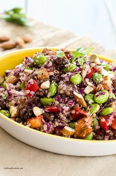 Edamame Quinoa Salad - This easy vegan quinoa salad is packed with protein and so delicious!