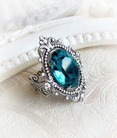 Ocean blue Swarovski crystal cocktail ring by MidnightVision Vintage Engagement Rings, Vintage Rings, Vintage Jewelry, Jewelry Accessories, Fashion Accessories, Swarovski Crystal Rings, Bridal Rings, Bridal Jewellery, Fantasy Jewelry