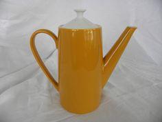 Vintage Johnson Brothers Coffee Pot 19601970 by HeidisWorldHobbies, $19.75