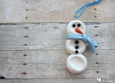 hello, Wonderful - 15 EASY AND FESTIVE ORNAMENTS KIDS CAN MAKE