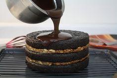 Sweetly Raw - amazing raw dessert blog