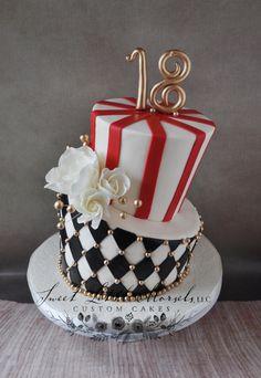 Topsy Turvy Vintage Circus Theme Birthday Cake