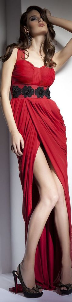 SWEET AND SEXY Colectie: VANITY /  Rochie de seara gown #elegant #red #large #dress