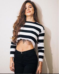 Black Girl Blue Eyes, Jacqueline Fernandez, Fashion Beauty, Womens Fashion, Julia, Famous Women, My Girl, Winter Outfits, Celebrity Style