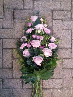Church Flower Arrangements, Funeral Arrangements, Funeral Sprays, Bouquet, Ideas Para Fiestas, Funeral Flowers, Flower Boxes, Floral Design, Centerpieces