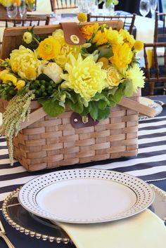 picnic basket reception wedding flowers,  wedding decor, wedding flower centerpiece, wedding flower arrangement, www.myfloweraffair.com