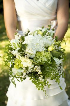 white/green bouquet