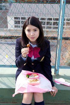 埋め込み画像 . Umika Kawashima