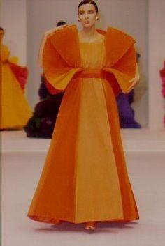 Love this shade of orange