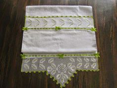 Towel, Stuff To Buy, Decor, Knitting Needles, Towels, Tricot, Deer, Needlepoint, Decoration