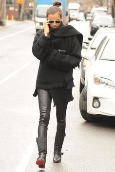 Chunky sweater and leather leggings