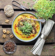 Blomkålssuppe med gurkemeje, ingefær og karry - Vegansk opskrift - Mad med glød